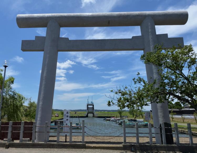 常陸利根川沿いにある息栖神社の一の鳥居