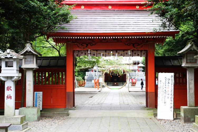 江戸時代に建てられた神門