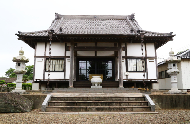 極楽寺の本堂