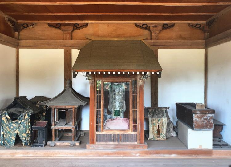 太子堂にある円珍作とされる聖徳太子像