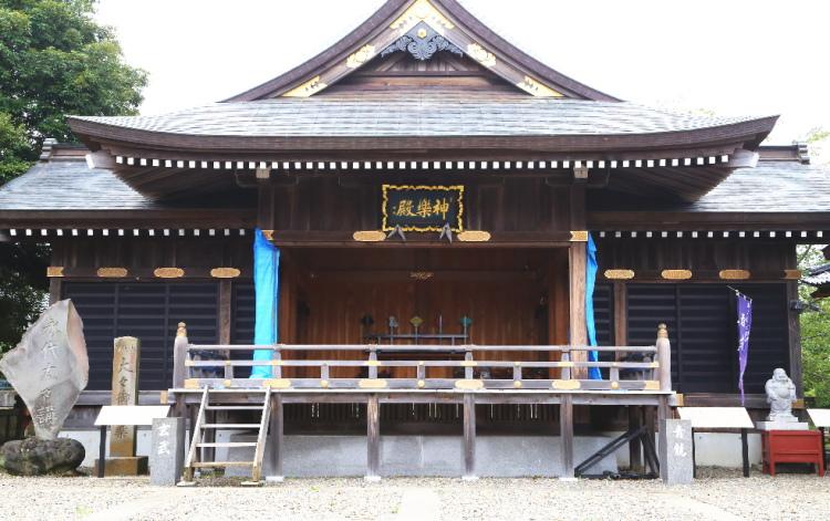 大杉神社の神楽殿
