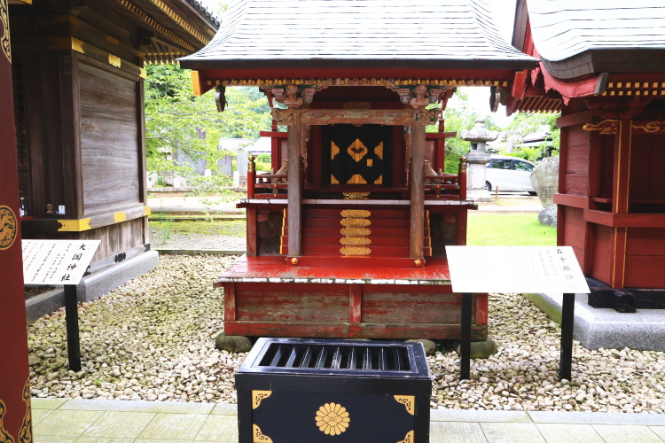 境内にある五十瀬神社