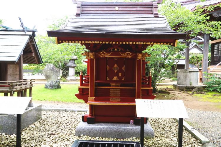 大杉神社の境内にある天満宮