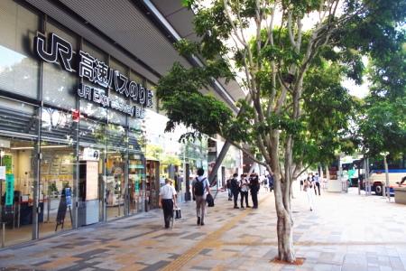 東京八重洲口の高速バス乗り場
