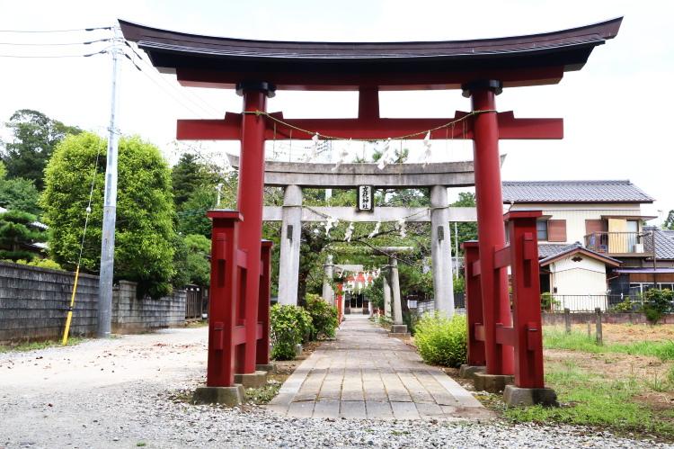 女化神社の三の鳥居
