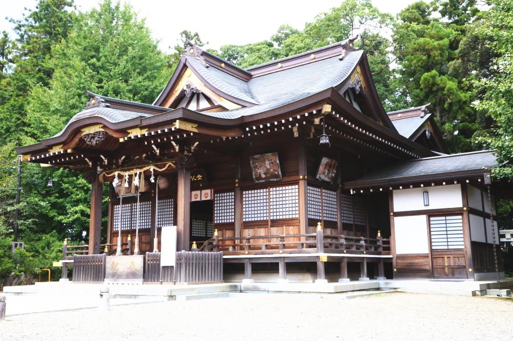 女化神社の社殿