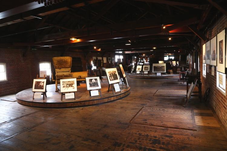 神谷傳兵衛記念館2階の全景