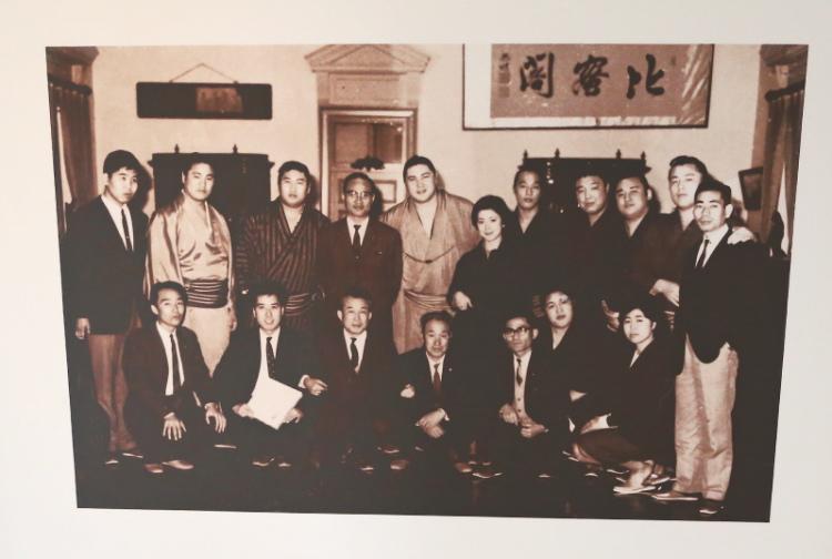 横綱大鵬が牛久シャトーを訪問したときの写真