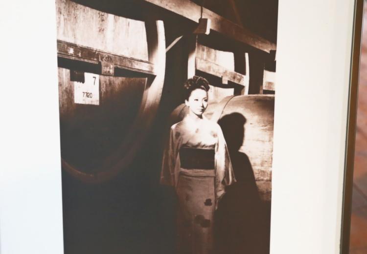 女優の岩下志麻さんが昭和41年の来園のときの写真