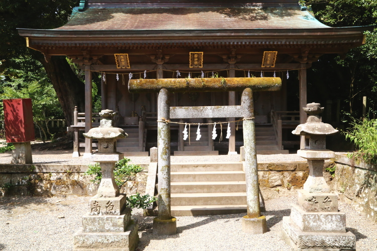 大神宮、静神社、水天宮のお社