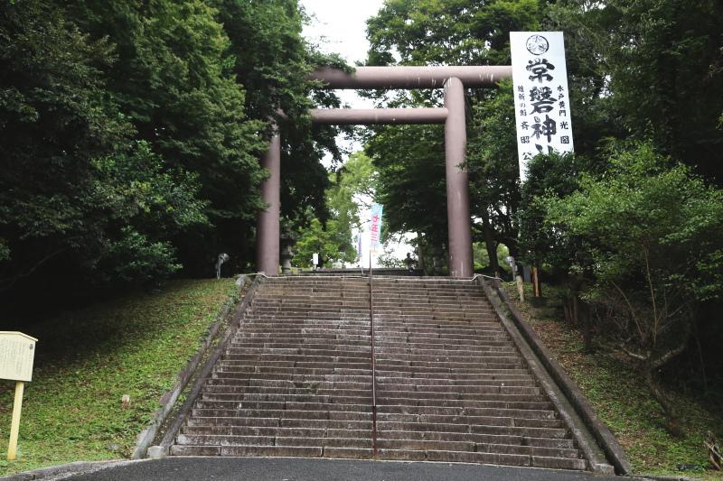 常盤神社の大鳥居