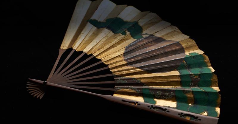 水戸市の徳川ミュージアムに展示されている扇子