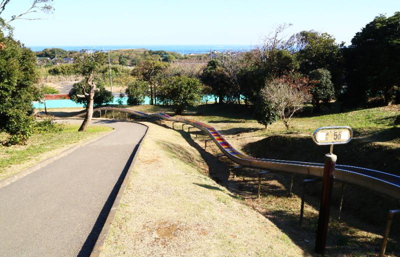 大野潮騒はまなす公園にある154mの滑り台